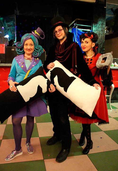 Шляпник, Алиса в Стране Чудес, Красная Королева, Мэделин Хэттер