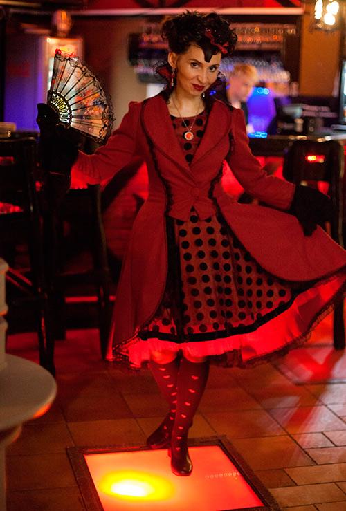 Шляпник, Алиса в Стране Чудес, Красная Королева